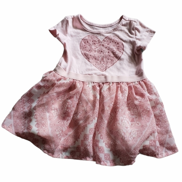 4/$25 Pink Floral and Heart Dress Size 6-9 Months